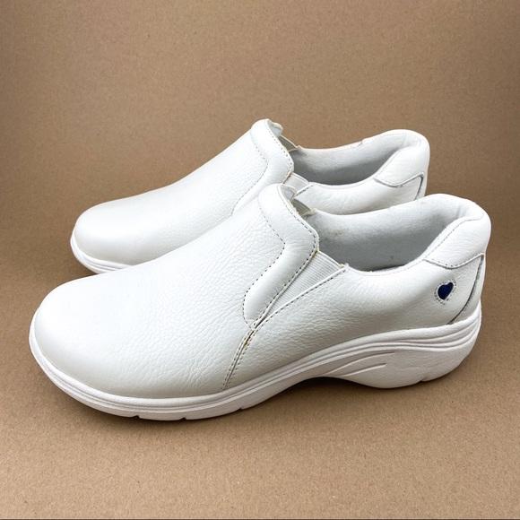 Nurse Mates Shoes   Dove White Leather